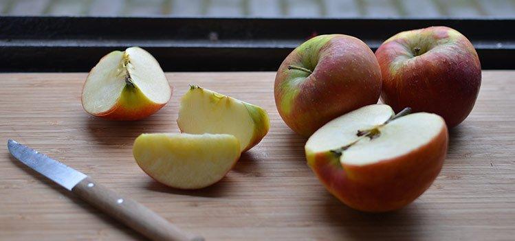 Manzanas para gallinas